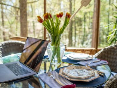How to Host a Fine Dining Virtual Dinner Party