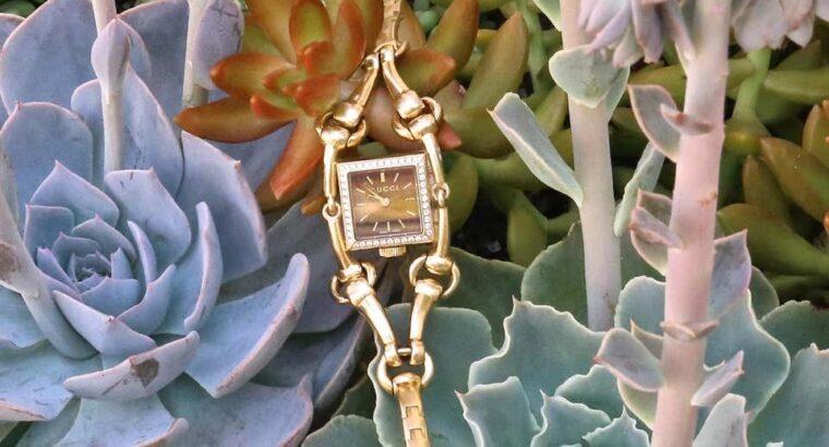 Gucci Tiger Eye Diamond 18 Karat Gold Watch