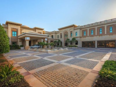 8 bedroom luxury House for sale in Dubai