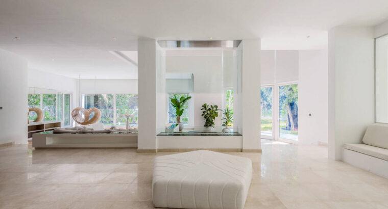 7 bedroom luxury House for sale in Dubai