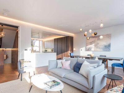 South Kensington .. 4 Bedroom Apartment At Harrington Gardens