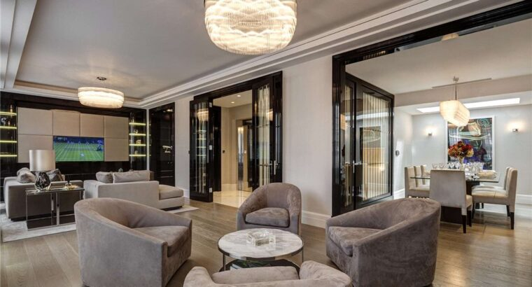 5 Bedroom Townhouse In South Street