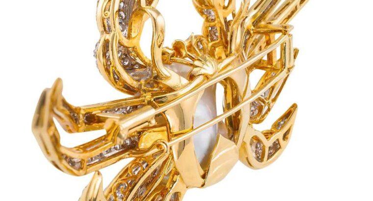 King Crab Diamond Freshwater Pearl Gold Brooch