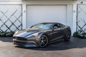 Majestic 2014 Aston Martin Vanquish Coupe RWD