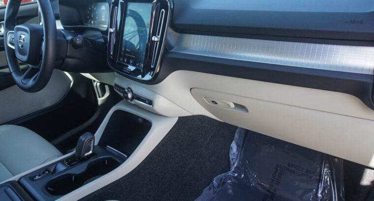Great 2019 Volvo XC40 T5 Momentum AWD