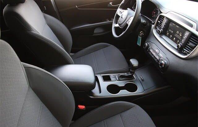 Brilliant 2020 Kia Sorento LX V6 FWD